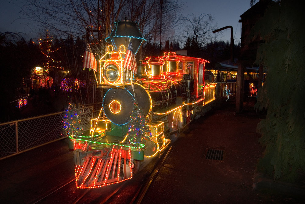 Zoolights at the Oregon Zoo - Zoolights At The Oregon Zoo €� Urban Nest Realty