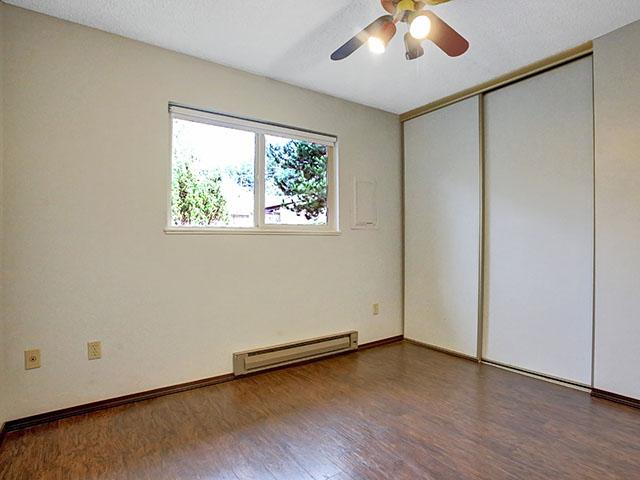 8411 SW 30th Ave - Portland- 18.jpg