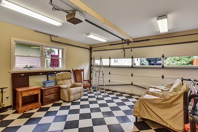 3033 N Ainsworth St - Portland - 60.jpg