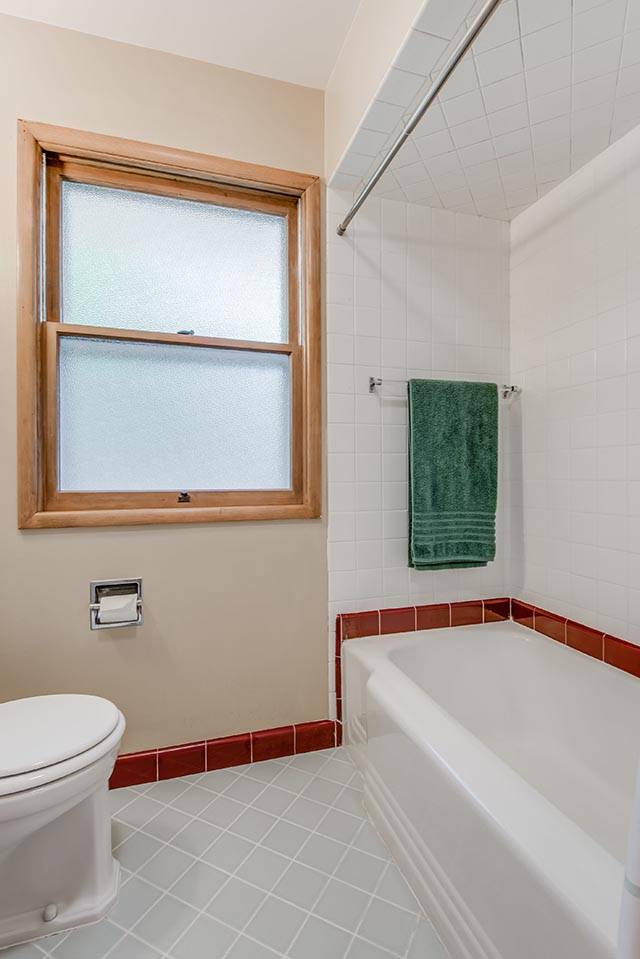 4225 NE 74th Ave Portland OR-print-018-12-Bathroom-2804x4200-300dpi.jpg