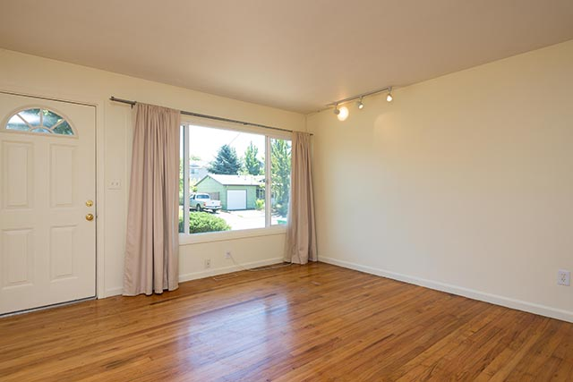5435 SE 88th Ave Original-8.jpg