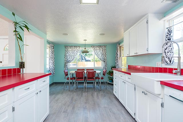 7612 SE 62nd Ave Original-10.jpg