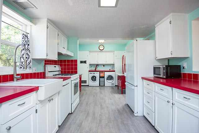7612 SE 62nd Ave Original-15.jpg