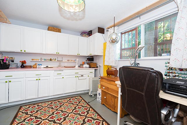 7612 SE 62nd Ave Original-25.jpg