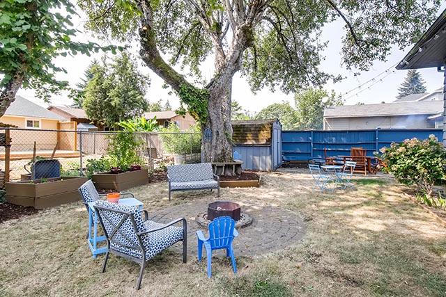 8126 N Olympia Portland OR-print-027-48-Back Yard-2700x1801-300dpi.jpg