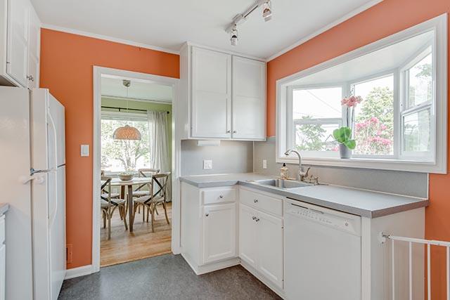 3840 NE 71st Ave Portland OR-print-011-32-Kitchen-4200x2804-300dpi.jpg