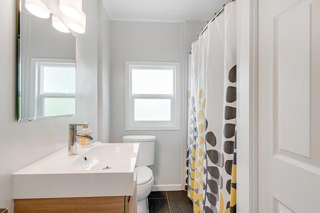 3840 NE 71st Ave Portland OR-print-017-18-Bathroom-4200x2804-300dpi.jpg