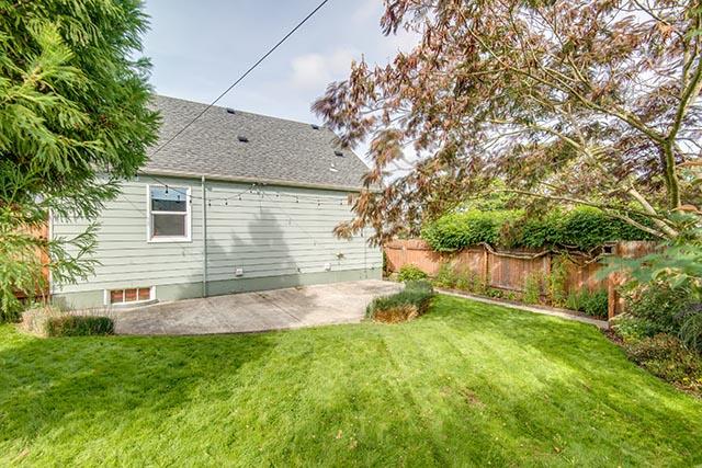 3840 NE 71st Ave Portland OR-print-034-34-Back Yard-4200x2804-300dpi.jpg