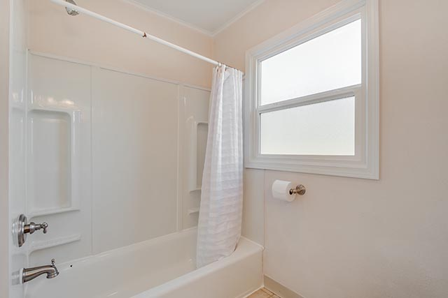 7716 SE 66th Ave Portland OR-print-016-5-Bathroom-4200x2804-300dpi.jpg