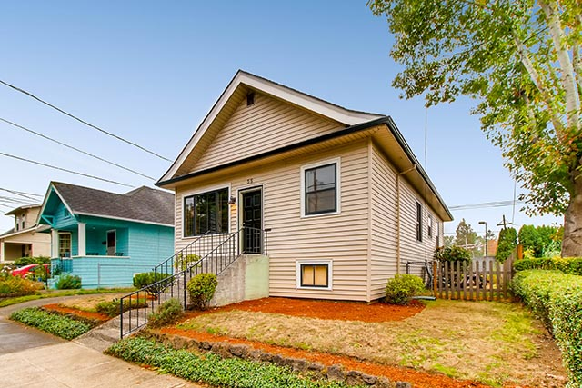 55 NE 83rd Ave Portland OR-print-002-6-Exterior Front-2700x1800-300dpi.jpg