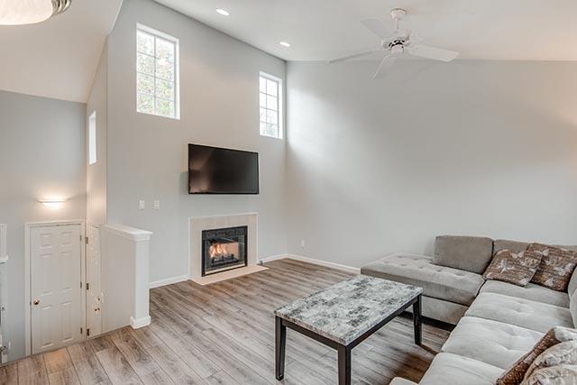 13487 SW Summerwood Dr Tigard-print-004-5-Living Room-4200x2804-300dpi.jpg