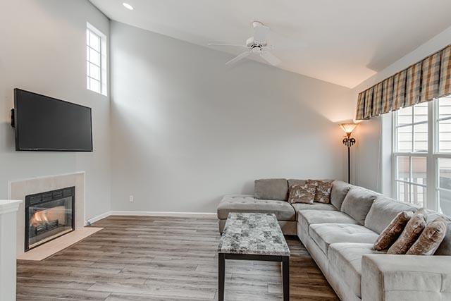 13487 SW Summerwood Dr Tigard-print-005-13-Living Room-4200x2804-300dpi.jpg
