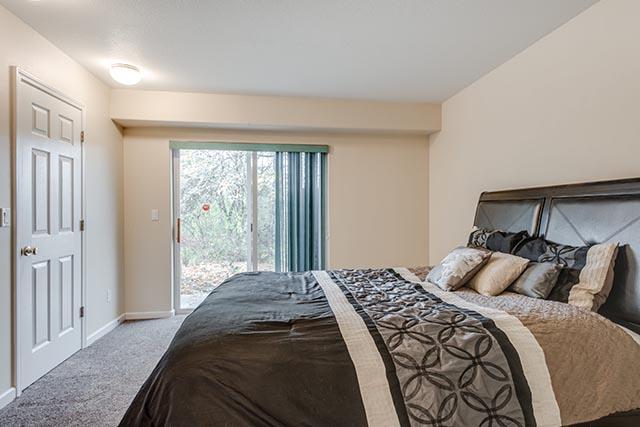 13487 SW Summerwood Dr Tigard-print-017-8-Master Bedroom-4200x2804-300dpi.jpg