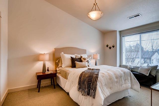4017 NE Roselawn St Portland-print-017-12-2nd Floor Master Bedroom-2700x1800-300dpi.jpg