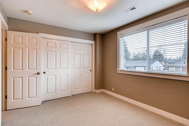 4017 NE Roselawn St Portland-print-023-9-2nd Floor Bedroom-2700x1800-300dpi.jpg