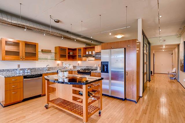 333 NW 9th Ave Portland OR-print-017-20-Kitchen-2700x1802-300dpi.jpg