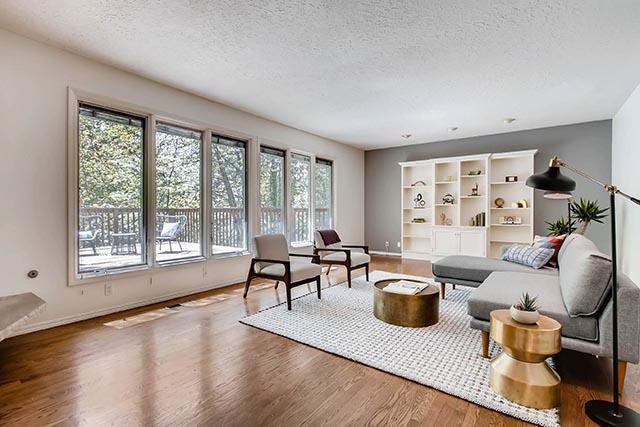 4234 SW Westdale Dr Portland-print-006-16-Living Room-2700x1800-300dpi.jpg