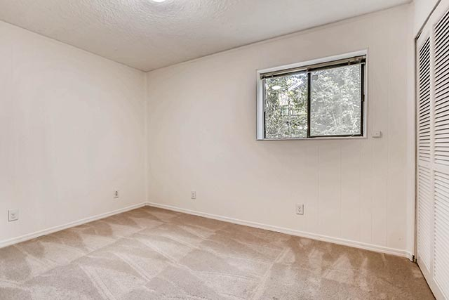 4234 SW Westdale Dr Portland-print-024-22-Lower Level Bedroom-2700x1800-300dpi.jpg
