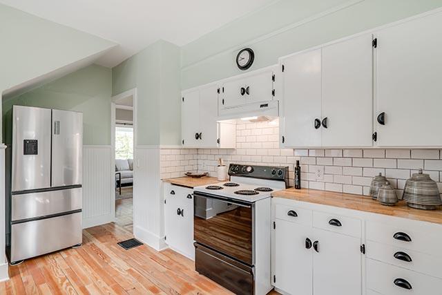 1744 SE 46th Ave Portland OR-print-009-21-Kitchen-4200x2802-300dpi.jpg