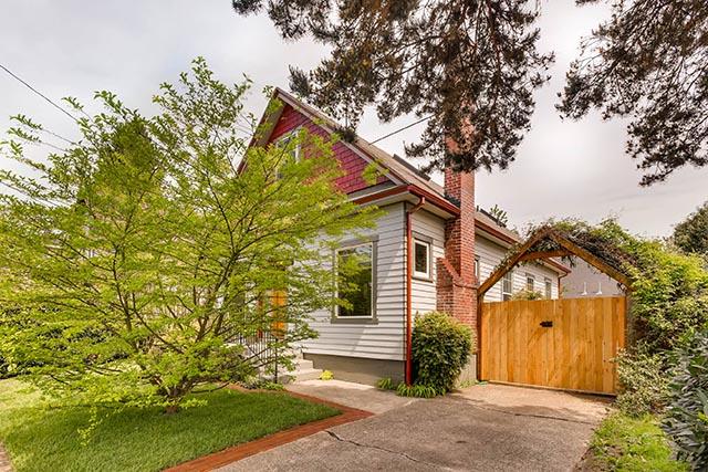 4208 NE Grand Ave Portland OR-print-003-6-Exterior Front-2700x1800-300dpi.jpg