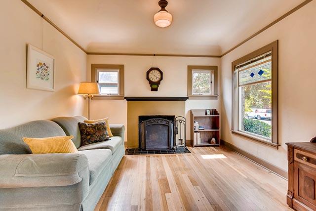 4208 NE Grand Ave Portland OR-print-005-4-Living Room-2700x1800-300dpi.jpg