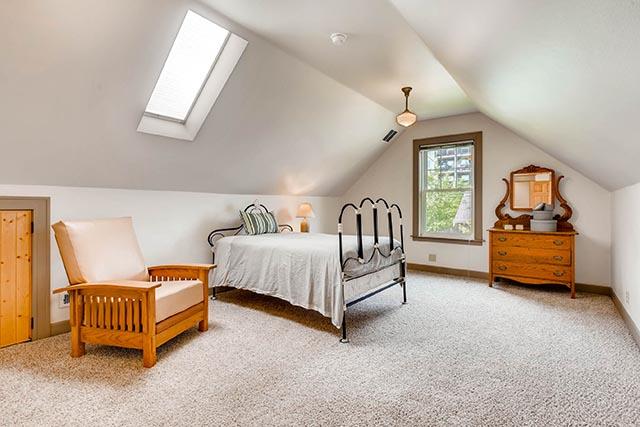4208 NE Grand Ave Portland OR-print-015-14-2nd Floor Master Bedroom-2700x1800-300dpi.jpg
