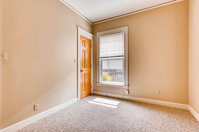 4208 NE Grand Ave Portland OR-print-021-2-Bedroom-2700x1800-300dpi.jpg