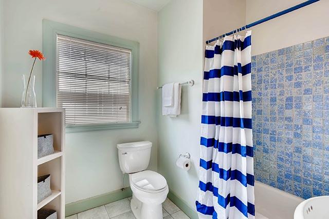 4208 NE Grand Ave Portland OR-print-022-1-Bathroom-2700x1800-300dpi.jpg