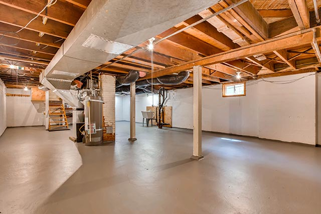 4208 NE Grand Ave Portland OR-print-025-26-Lower Level-2700x1800-300dpi.jpg