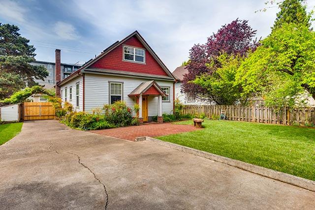4208 NE Grand Ave Portland OR-print-028-23-Back Yard-2700x1800-300dpi.jpg