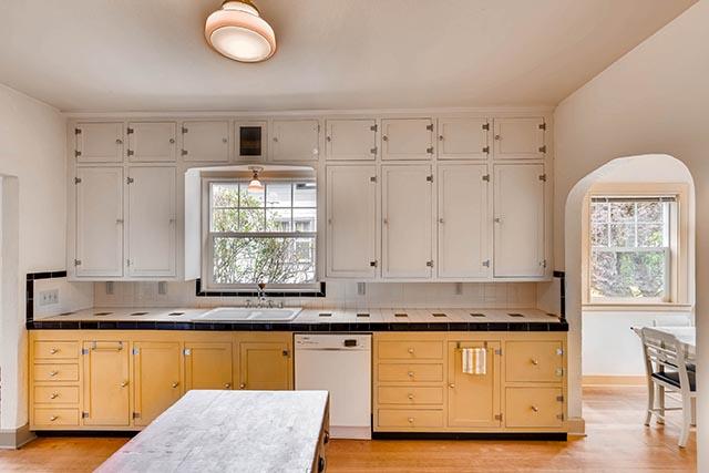 4208 NE Grand Ave Portland OR-print-012-32-Kitchen-2700x1800-300dpi.jpg