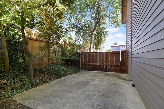 4639 NE Mallory Ave - Portland - 40.jpg