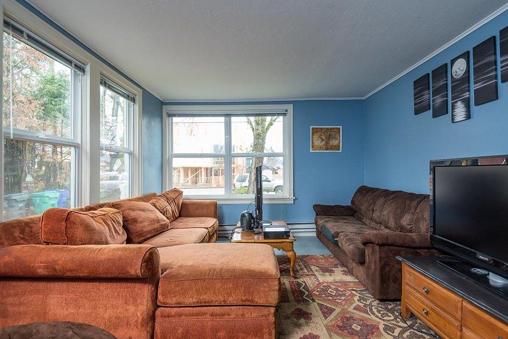 5037 NE 33rd Ave Original-8.jpg