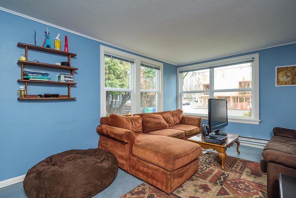5037 NE 33rd Ave Original-7.jpg