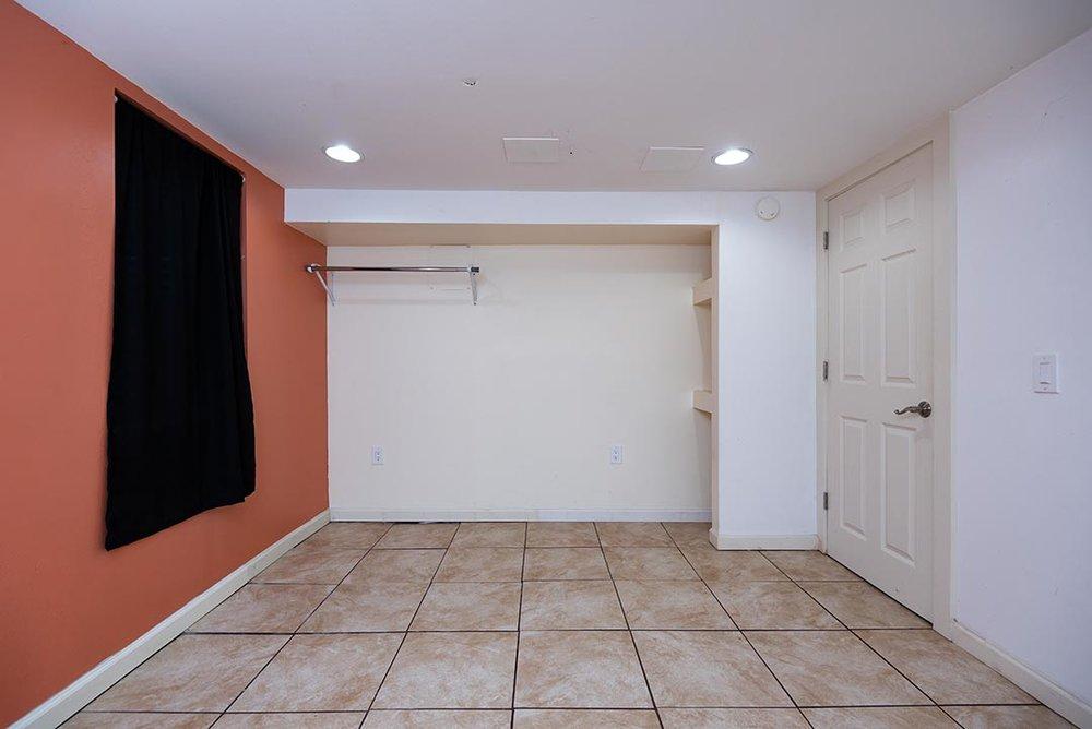 5037 NE 33rd Ave Original-29.jpg