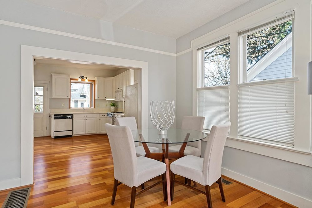 121 SW Whitaker St Portland OR-print-008-24-Dining Room-4200x2802-300dpi.jpg