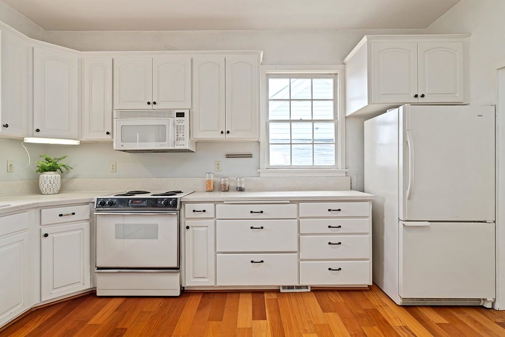121 SW Whitaker St Portland OR-print-012-16-Kitchen-4200x2802-300dpi.jpg