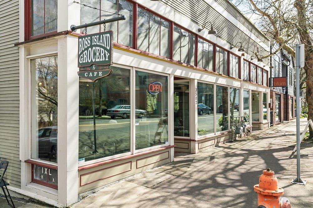 121 SW Whitaker St Portland OR-print-026-20-Cafe-4200x2802-300dpi.jpg
