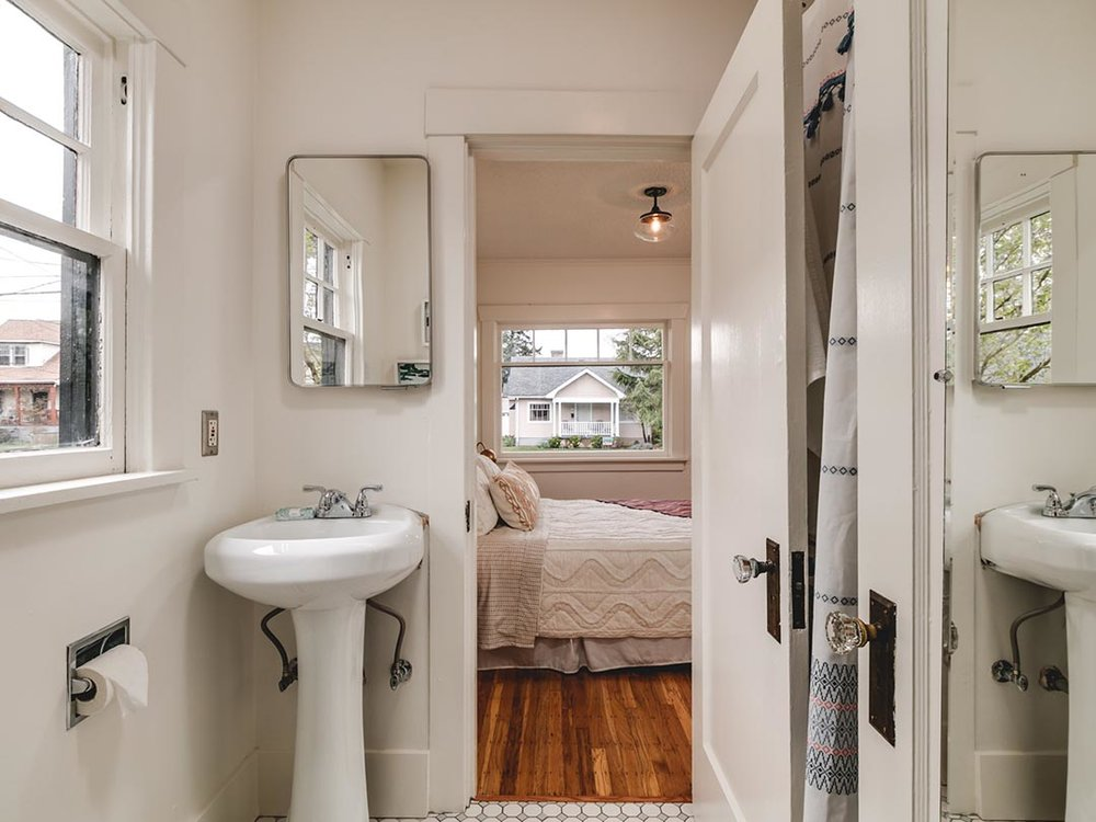 5722 NE 10th Ave, Portland-WEB-15.jpg