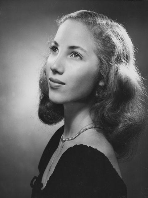 Yvonne Chouteau - OK Hall of Fame.jpg