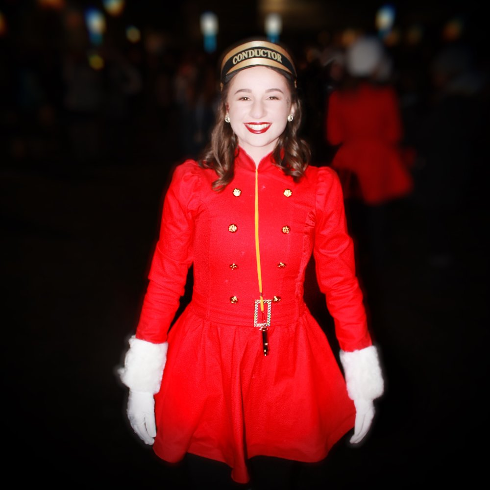 Stage Door - Holiday Parade 4.JPG