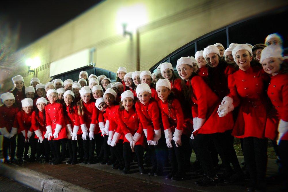 Stage Door - Holiday Parade 8.JPG