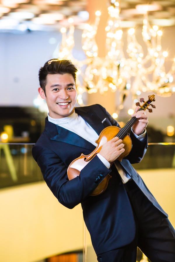 Ray Chen<br>Violinist
