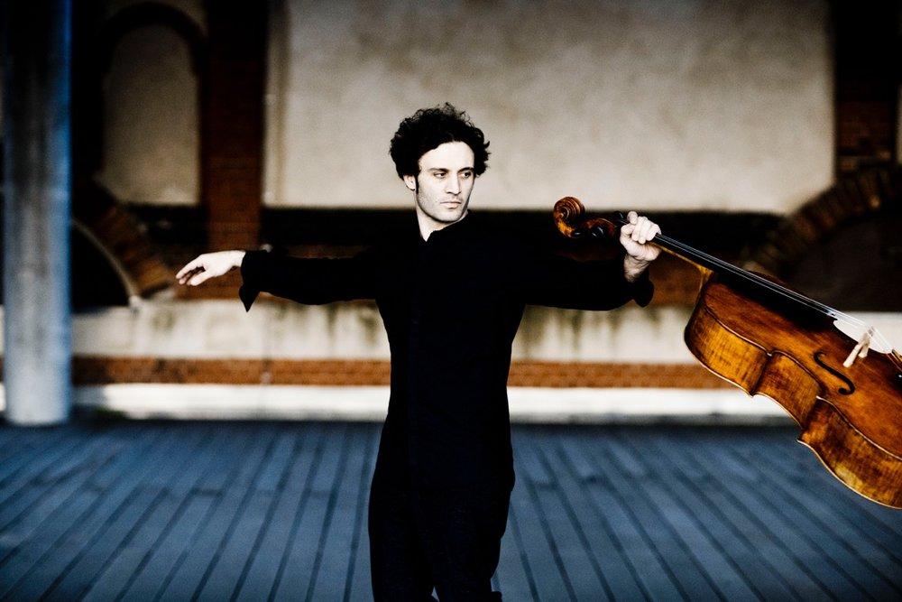 Nicolas Altstaedt<br>Cellist