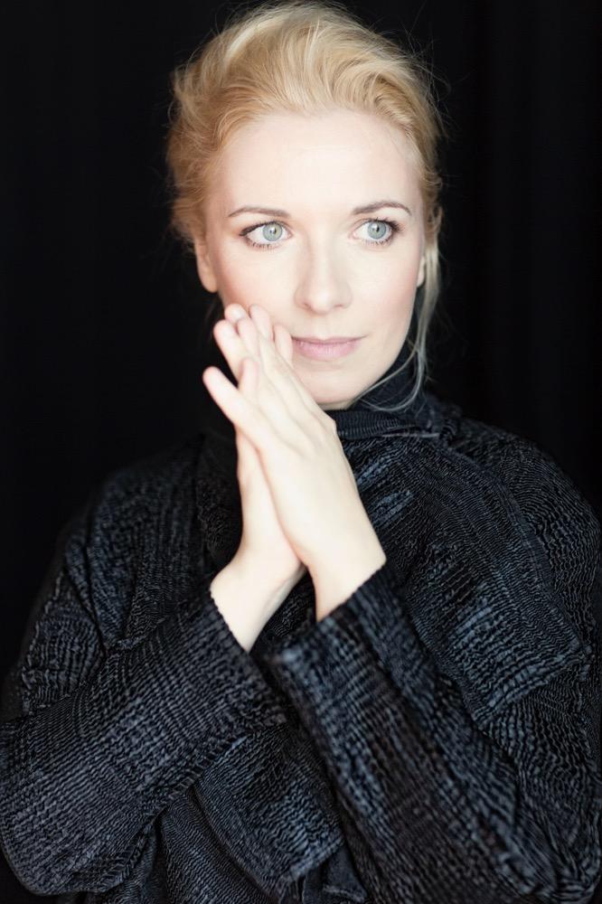Tamara Stefanovich<br>Pianist