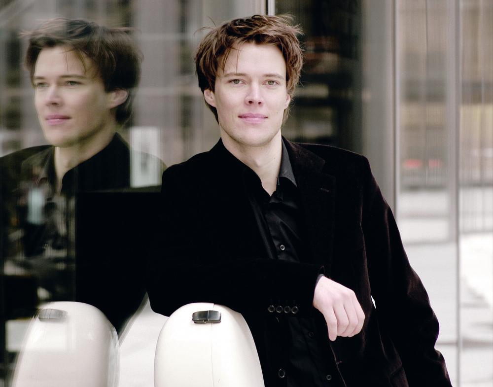 Sebastian Klinger . Cellist
