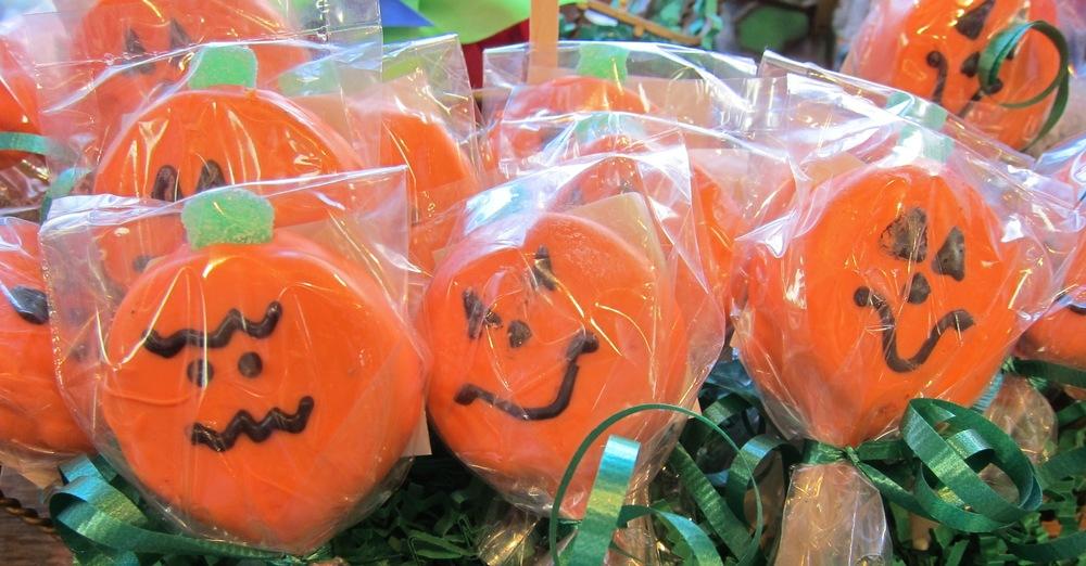 Oreo pumpkin pops at Rocky Mountain Chocolate Factory(Photo by Lauren Lloyd)
