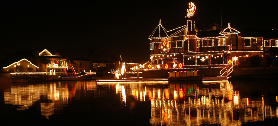 Cruise-of-Lights.jpg