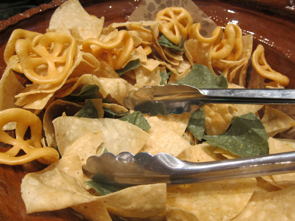 Durros and tortilla chips  (Photo by Lauren Lloyd)