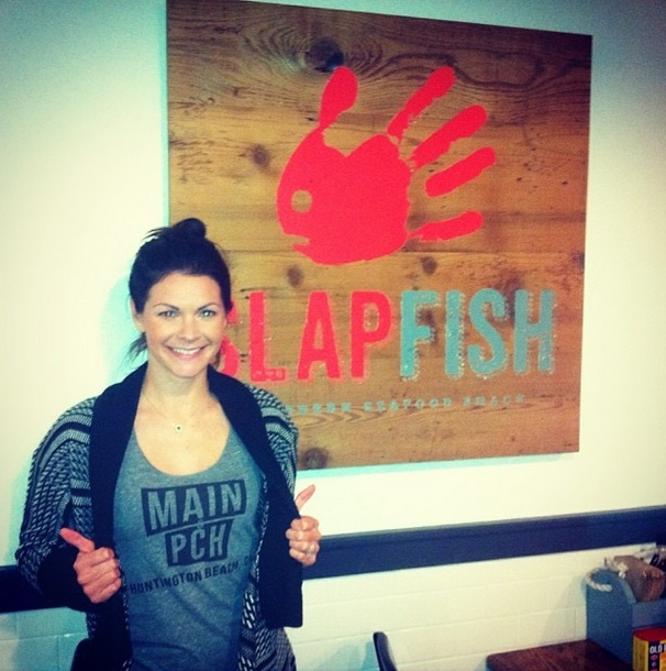 M&P reader Lauren Campitella gives some love to her tank and one of her favorite local eateries,  Slapfish   (Photo courtesy of Lauren Campitella)